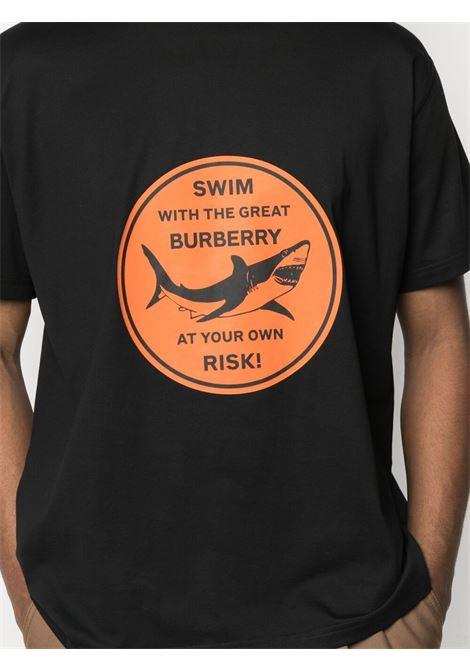 t.shirt in cotone nero con stampa grafica arancione BURBERRY | T-shirt | 8040677-LARKINA1189