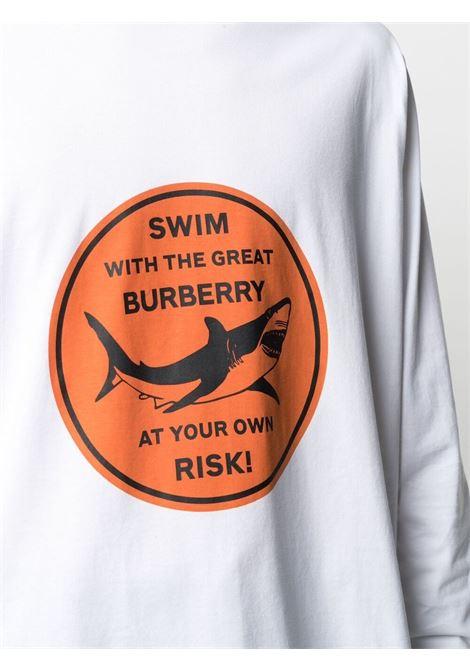 T-shirt bianca a maniche lunghe con stampa grafica arancione BURBERRY | T-shirt | 8040688-LENOXA1464