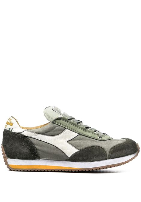 Sneakers Equipe H Dirty Evo in camoscio verde e bianco con effetto stonewashed DIADORA | Sneakers | 174736-EQUIPE H DIRTY SW EVO70176