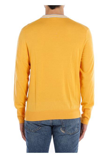 Maglione giallo senape con dettagli a righe bianche sul girocollo ELEVENTY | Maglieria | C76MAGC18-MAG0C01028