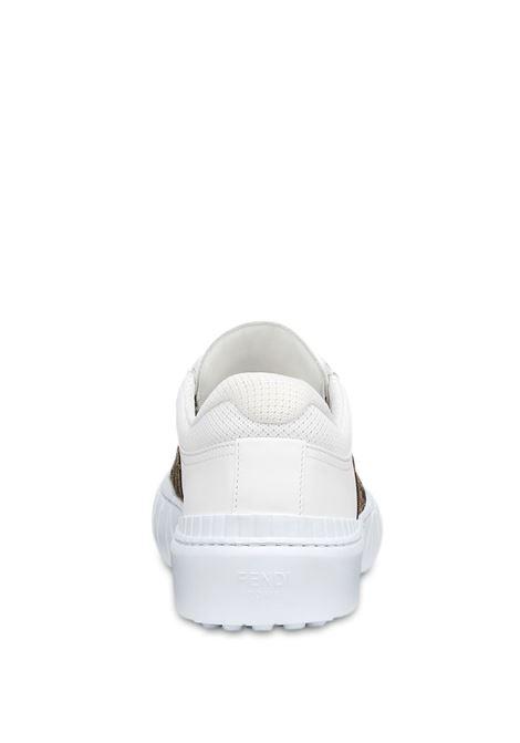Sneakers con motivo FF a pannelli in pelle di vitello bianca e tabacco FENDI | Sneakers | 7E1415-AF5CF1DV2