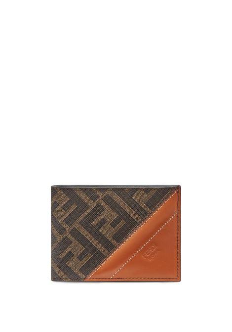 Portafoglio in pelle arancione, marrone e nera con stampa logo FF all over FENDI | Portafogli | 7M0303-AFB4F1DZA