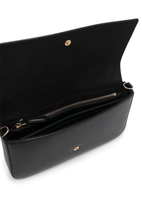 pochette in pelle nera con logo Fendi con catena dorata FENDI | Borse a tracolla | 8BS032-AAYZF0KUR