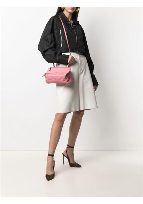 Mini borsa a tracolla Pandora in shearling rosa GIVENCHY | Borse a tracolla | BB05253004-PANDORA661