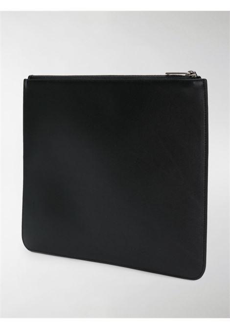 pochette in pelle di vitello nera con logo Givenchy bianco GIVENCHY | Clutch | BK600JK0AC-LARGE ZIPPED POUCH001