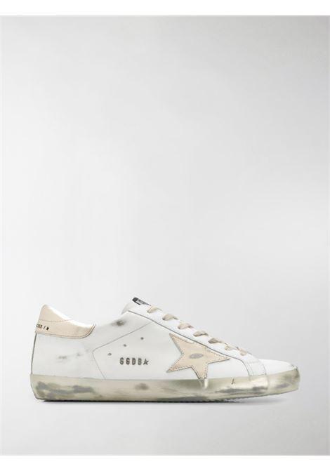 Sneaker Superstar in pelle bianca con finitura effetto invecchiato GOLDEN GOOSE | Sneakers | GMF00101-F00031610272