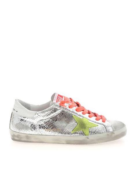 Sneaker Superstar in pelle argento effetto consumato con stella gialla sul lato GOLDEN GOOSE | Sneakers | GMF00101-F00034280304