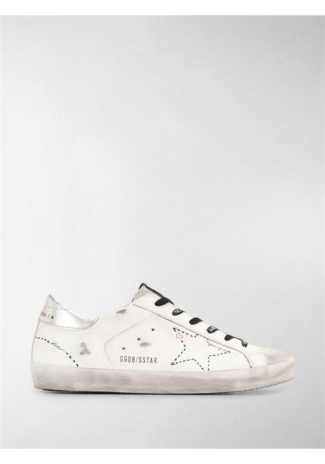 Sneakers basse Superstar in pelle bianca effetto consumato con stella bianca applicata sui lati GOLDEN GOOSE | Sneakers | GWF00101-F00012710212
