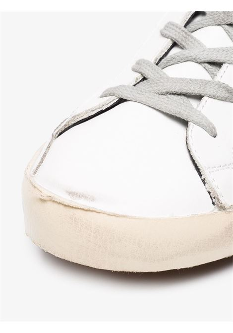 Sneakers Superstar in pelle bianca in effetto consumato GOLDEN GOOSE | Sneakers | GWF00102-F00031810220