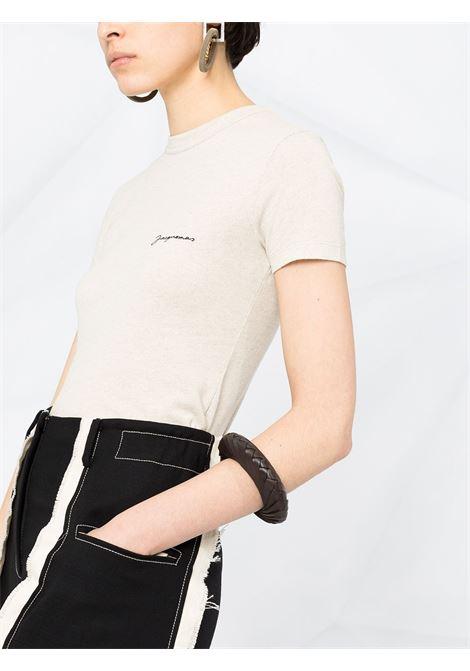 T-shirt Le t-shirt Jacquemus in misto cotone beige con scollo tondo JACQUEMUS | T-shirt | 211JS03-227800