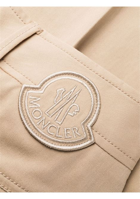 Pantaloni cropped con pannelli in cotone elasticizzato beige MONCLER | Pantaloni | 2A749-00-54AUL221