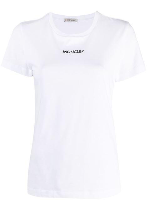 T-shirt bianca con logo Moncler ricamato in cotone nero MONCLER | T-shirt | 8C7A6-10-829FB001