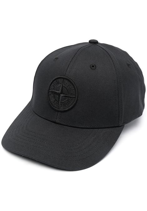 Cappellino con logo Stone Island ricamato in cotone nero STONE ISLAND | Cappelli | 741599661V0029