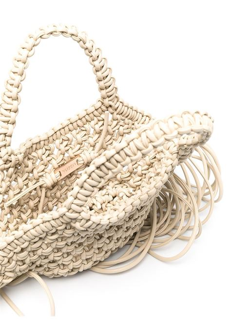 Mini borsa in pelle intrecciata color bianco sporco con frange YUZEFI | Borse a mano | SMALL WOVEN BASKET-YUZSS21-HB-SW10