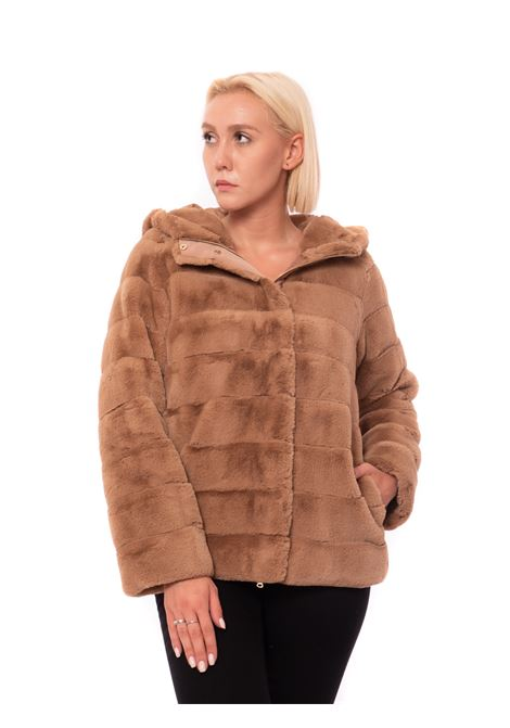 eco-pelliccia con cappuccio