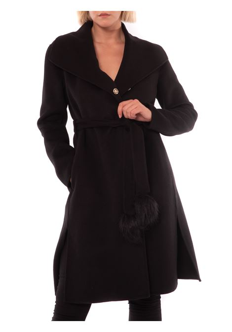 Long coat with pompon