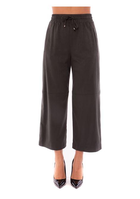 pantaloni effetto suede