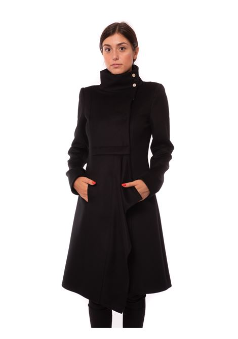 cappotto asimmetrico
