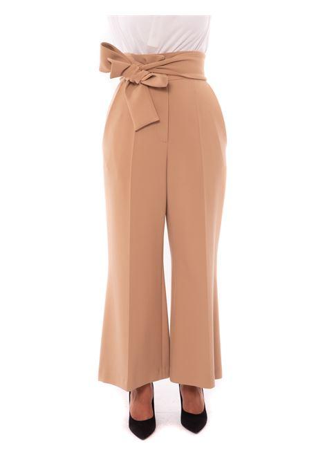 pantalone con fusciacca