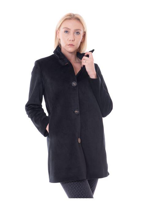 rrd velvet coat lady