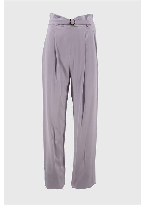 pantalone lungo a palazzo