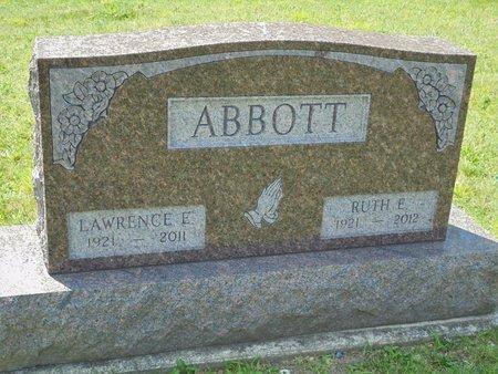 ABBOTT, LAWRENCE EDWARD - Champaign County, Ohio | LAWRENCE EDWARD ABBOTT - Ohio Gravestone Photos