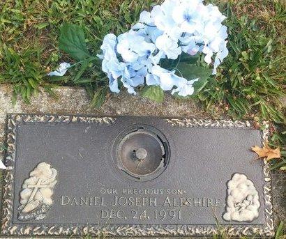 ALESHIRE, DANIEL JOSEPH - Cuyahoga County, Ohio   DANIEL JOSEPH ALESHIRE - Ohio Gravestone Photos