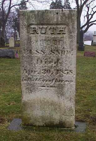 SNOW, RUTH - Cuyahoga County, Ohio | RUTH SNOW - Ohio Gravestone Photos