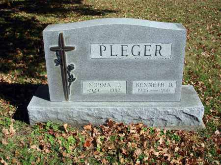 PLEGER, KENNETH D. - Fairfield County, Ohio | KENNETH D. PLEGER - Ohio Gravestone Photos