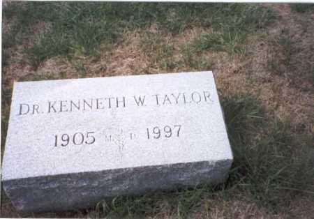 TAYLOR, M.D., KENNETH W. - Fairfield County, Ohio | KENNETH W. TAYLOR, M.D. - Ohio Gravestone Photos