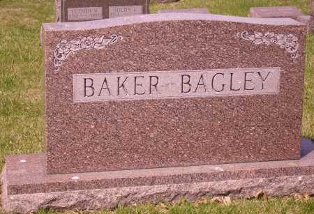 BAKER-BAGLEY, FAMILY MONUMENT - Franklin County, Ohio   FAMILY MONUMENT BAKER-BAGLEY - Ohio Gravestone Photos