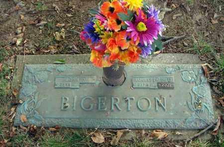 BIGERTON, LOUISE (MIDGE) - Franklin County, Ohio | LOUISE (MIDGE) BIGERTON - Ohio Gravestone Photos