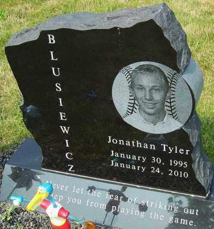 BLUSIEWICZ, JONATHAN TYLER - Franklin County, Ohio | JONATHAN TYLER BLUSIEWICZ - Ohio Gravestone Photos