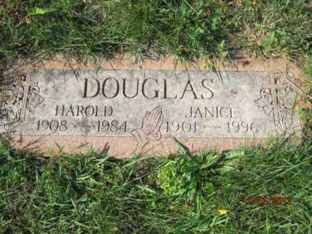 DOUGLAS, HAROLD E - Franklin County, Ohio | HAROLD E DOUGLAS - Ohio Gravestone Photos
