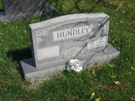 ROBINETTE HUNDLEY, BETTY VICIA - Franklin County, Ohio | BETTY VICIA ROBINETTE HUNDLEY - Ohio Gravestone Photos