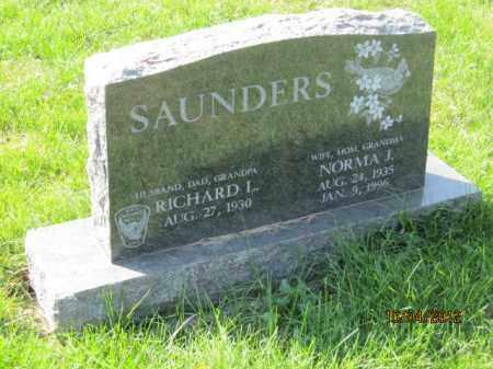 RILEY SAUNDERS, NORMA JEAN - Franklin County, Ohio   NORMA JEAN RILEY SAUNDERS - Ohio Gravestone Photos
