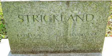 STRICKLAND, BEVERLY - Franklin County, Ohio | BEVERLY STRICKLAND - Ohio Gravestone Photos