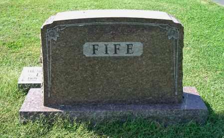 FIFE, FAMILY MONUMENT - Gallia County, Ohio   FAMILY MONUMENT FIFE - Ohio Gravestone Photos