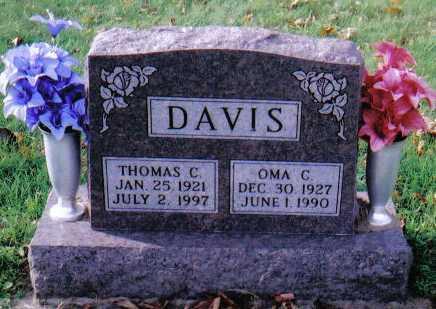 DAVIS, OMA C. - Highland County, Ohio | OMA C. DAVIS - Ohio Gravestone Photos