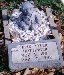 HOTTINGER, ERIK TYLER - Highland County, Ohio | ERIK TYLER HOTTINGER - Ohio Gravestone Photos
