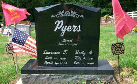 PYERS, LAWRENCE T. - Holmes County, Ohio | LAWRENCE T. PYERS - Ohio Gravestone Photos