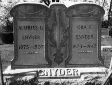 SLUTZ SNYDER, ORA EDITH - Holmes County, Ohio | ORA EDITH SLUTZ SNYDER - Ohio Gravestone Photos