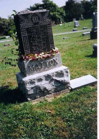 MATTOX, WILLIAM  T - Logan County, Ohio | WILLIAM  T MATTOX - Ohio Gravestone Photos