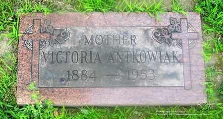 KUSZ ANTKOWIAK, VICTORIA - Lucas County, Ohio | VICTORIA KUSZ ANTKOWIAK - Ohio Gravestone Photos