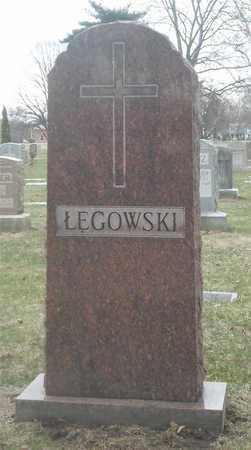 LEGOWSKI, FAMILY MONUMENT - Lucas County, Ohio   FAMILY MONUMENT LEGOWSKI - Ohio Gravestone Photos