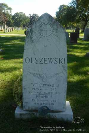 OLSZEWSKI, EDWARD J. - Lucas County, Ohio | EDWARD J. OLSZEWSKI - Ohio Gravestone Photos