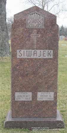SIWAJEK, WALTER L. - Lucas County, Ohio | WALTER L. SIWAJEK - Ohio Gravestone Photos