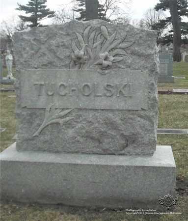 TUCHOLSKI, FAMILY MONUMENT - Lucas County, Ohio | FAMILY MONUMENT TUCHOLSKI - Ohio Gravestone Photos