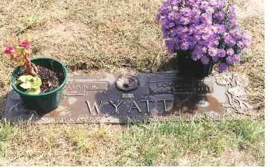 WYATT, DOROTHY E - Lucas County, Ohio | DOROTHY E WYATT - Ohio Gravestone Photos