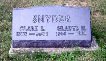 SNYDER, GLADYS H. - Madison County, Ohio | GLADYS H. SNYDER - Ohio Gravestone Photos